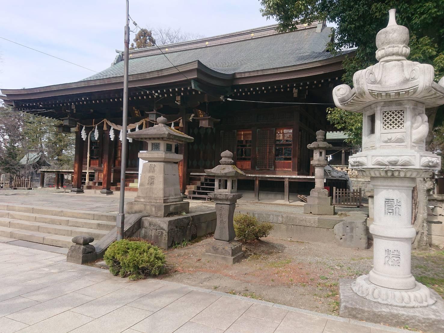 鳥海月山両所宮の幣拝殿