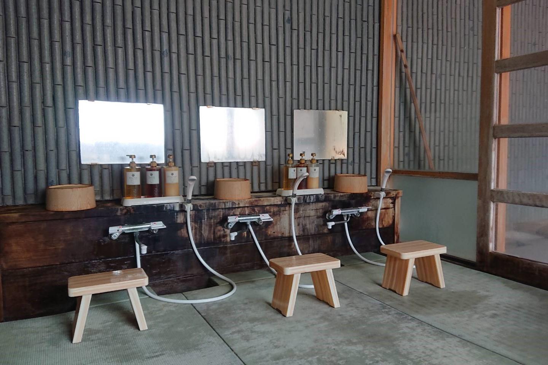 フォーレスト蔵王温泉の露天風呂洗い場2