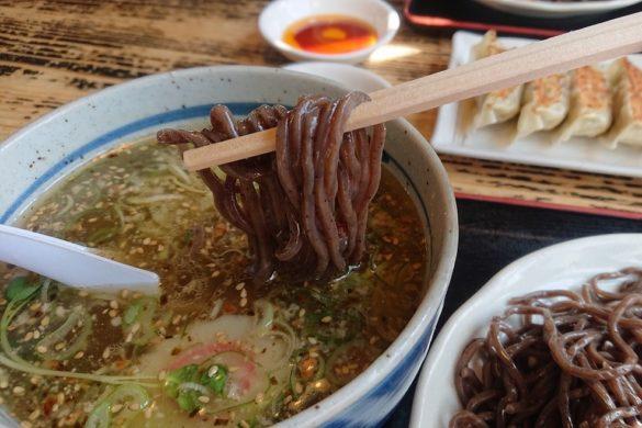 めん僮楽の麺