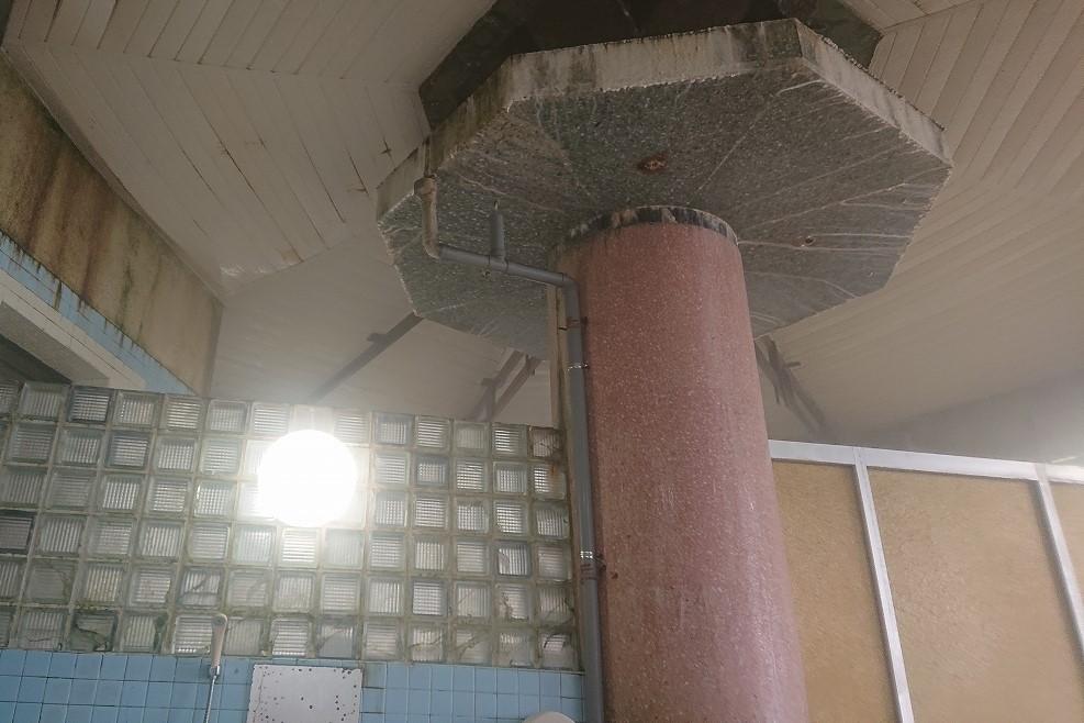 加登屋旅館の温泉天井