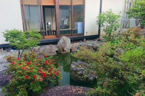 湯屋 升形屋のお庭