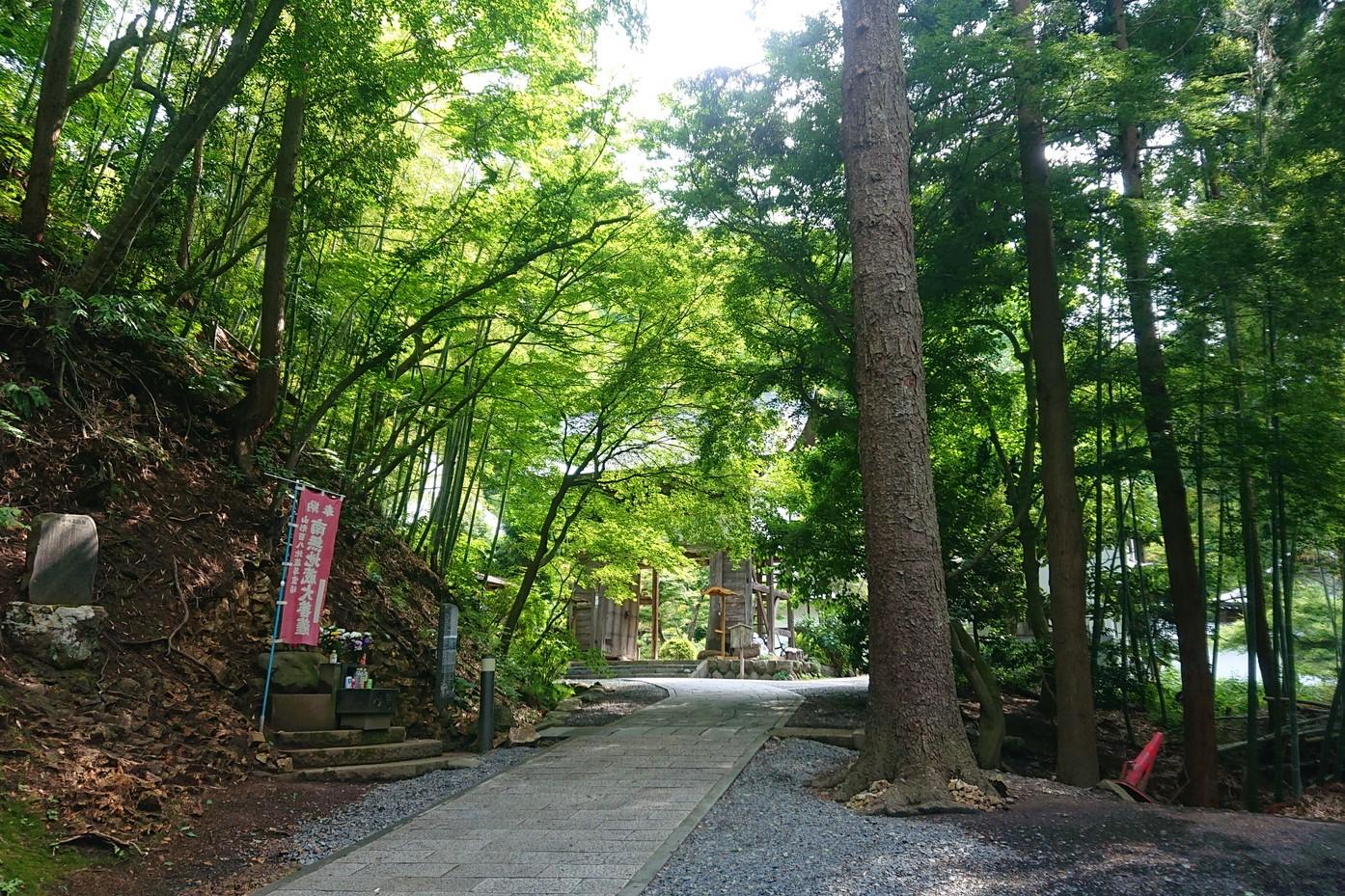 萬松寺の参道
