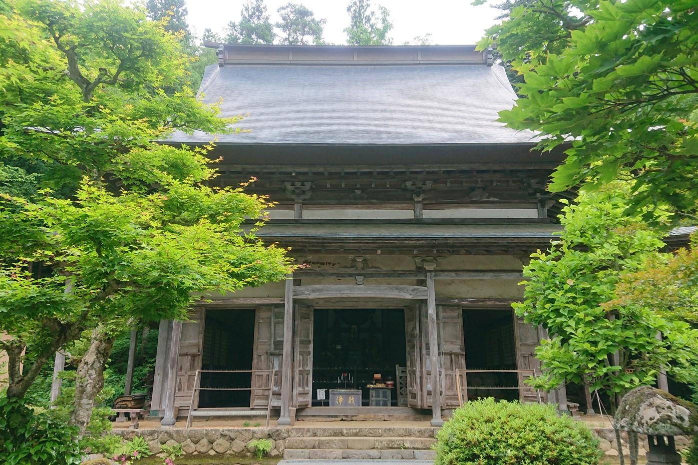 萬松寺の仏殿