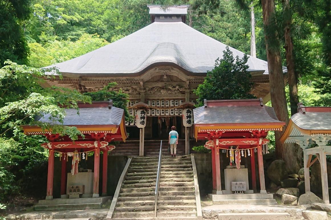 金峯神社 中の宮