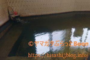 海老鶴温泉の浴槽2