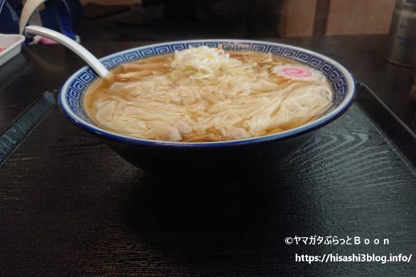 髙橋商店のワンタン麺2