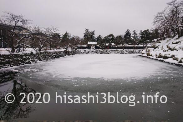 上杉神社表参道の舞鶴橋からの眺め
