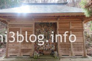 犬の宮の拝殿