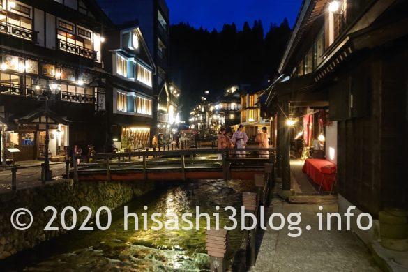 銀山温泉街の夜景1